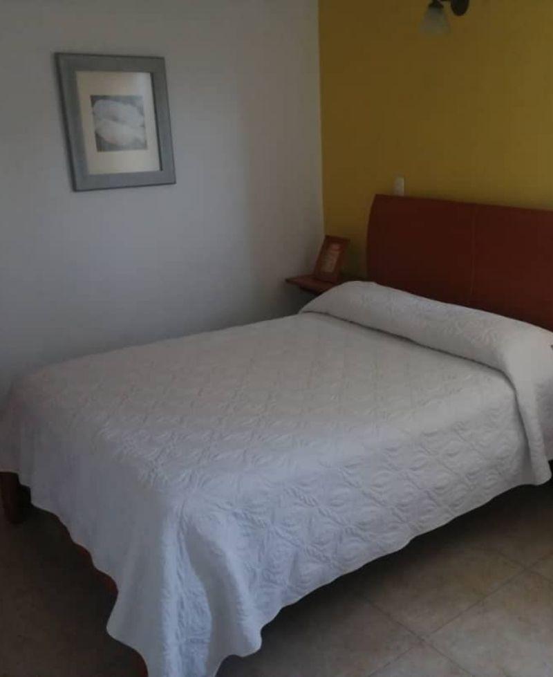 cómoda habitación ana rosa en posada san Cristóbal