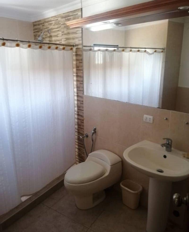 baño habitación ana rosa en posada san Cristóbal