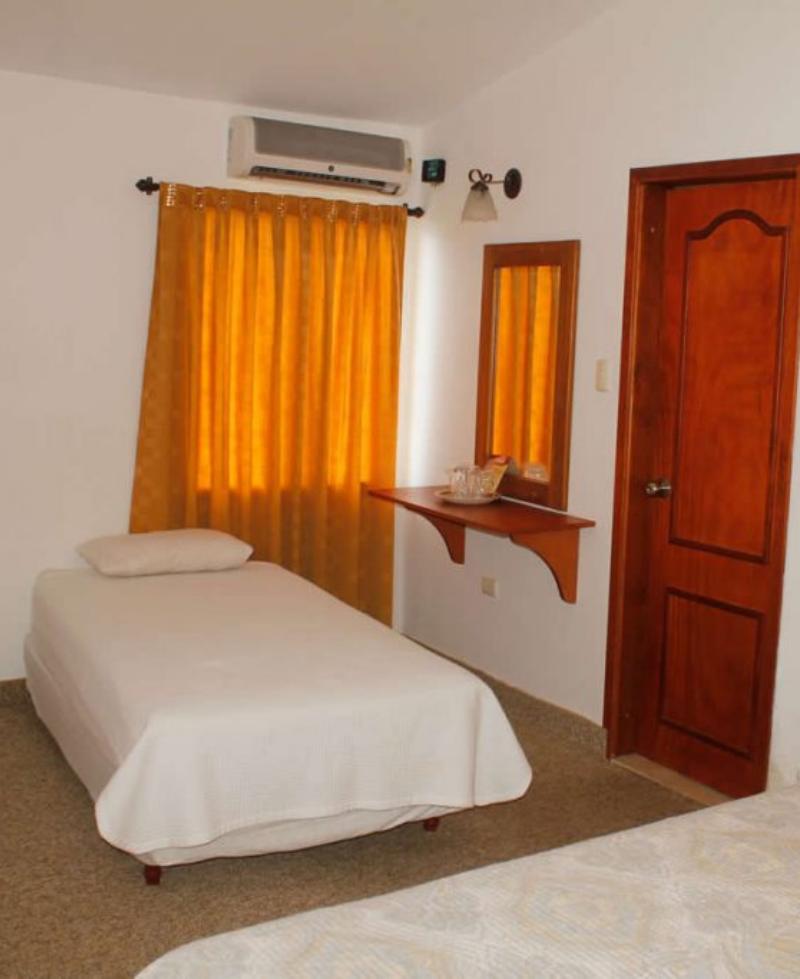 habitación lucero disponible con aire acondicionado