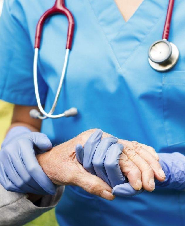 control médico para adulto mayor