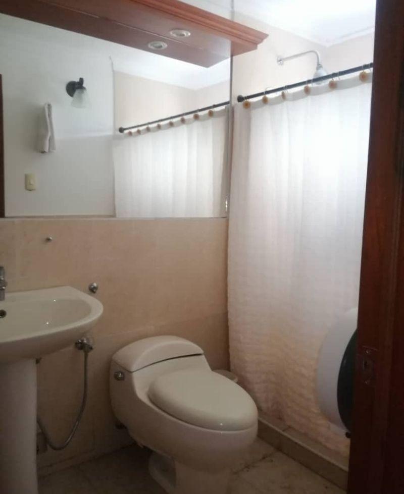 espectacular baño privado con regadera